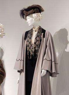 Emmeline Pankhurst Suffragette movie costume