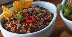 Kasvisversio Chili con Carnelle joka on täynnä väriä ja makua sekä nopea valmistaa.