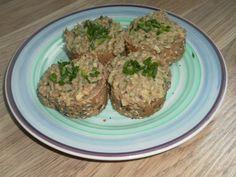 Kytičkový den - celozrná bageta s čočkovou pomazánkou (vařená cibule - rozmixovat, cibule+kys.okurka nakrájet, hořčice, pepř a sůl