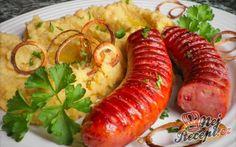 Cizrnová kaše s klobásou a cibulovými kroužky | NejRecept.cz 20 Min, Falafel, Hummus, Sausage, Meat, Meals, Bulgur, Sausages, Falafels