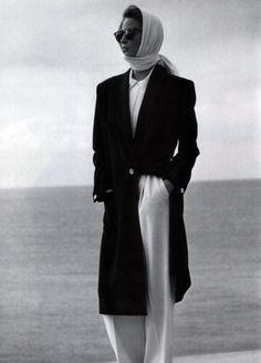 Christy Turlington wearing Calvin Klein for Vogue US, March 1989