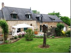 3 Bedroom House for sale For Sale in Mayenne, FRANCE - Property Ref: 702401 - Image 1