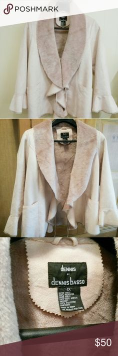 DENNIS BASSO COAT Faux suede with plush inside light pink flared sleeves Dennis Basso Jackets & Coats