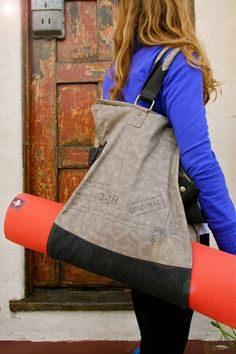 Manduka Seeker Yoga Mat Bag - We just love the new series of Manduka yoga mats...as do our customers.  Check out The Seeker - the perfect gift for the yogis on your list.