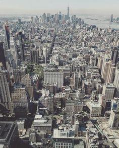 #NYC #oneworldtradecenter #empirestatebuilding #andresharambour