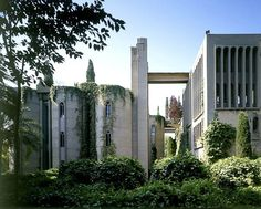 Curious Places: Old Cement Factory Home (Barcelona/ Spain)
