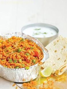 Tava pulao, another quick treat off the pav bhaji cart! this delicious pulao is prepared in advance by the vendor, and shares a place on the pav bhaji tawa. It is swiftly portioned out onto serving plates when the orders flow in, to appease the severest of hunger shots.
