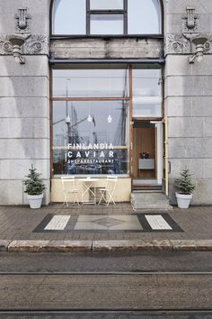 Finlandia Caviar is a shop and restaurant in Helsinki that is specialized in caviar. Joanna Laajisto Creative Studio is responsible for the interior design. Helsinki, Cafe Design, Store Design, Blog Design, Cafe Restaurant, Restaurant Design, Creative Studio, Porte Cochere, Cafe Interior