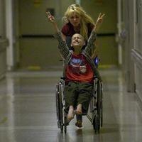 Consejería de Salud de la Comunidad de Madrid: Sillas de ruedas para los niños enfermos del Hospital Niño Jesús