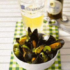Iconic Belgian dish : Mussels with fries and a fresh beer.