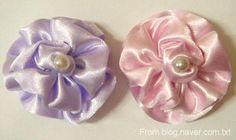 DIY Crafts : DIY Silk ribbon flowers