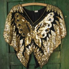 Vintage Blouse Gold and Black Sequin Butterfly Disco Top Size Small 70s Vintage Fashion, Gold Blouse, Grey And Beige, Sequin Top, Blouse Vintage, Petite Size, Black Sequins, Blouse Designs, What To Wear