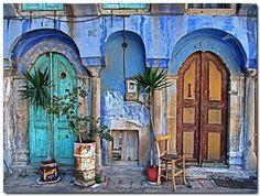 Love the doorways!