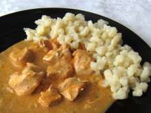 Good recipe for Sunday lunch. It is with using yogurt instead of whipping cream. Tastes the same. Chicken Milk, Hungarian Cuisine, Boiled Chicken, Sunday Recipes, Goulash, Bon Appetit, Macaroni And Cheese, Chicken Recipes, Curry
