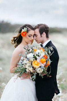 Modern Desert Wedding Ideas - Photo by Renee Towers http://www.reneetowersphotography.com/