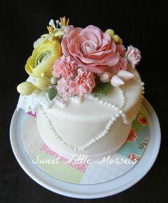 http://djiqd110ru30i.cloudfront.net/upload/448658/project/76746/full_3735_76746_BirthdayCake_1.jpg
