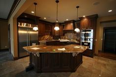 Kitchen with island <3