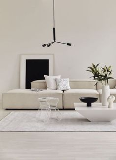 Living Room Inspo, Minimalist Living Room, Living Room Decor Apartment, Home And Living, Interior, House Interior, Room Interior, Apartment Decor, Apartment Interior