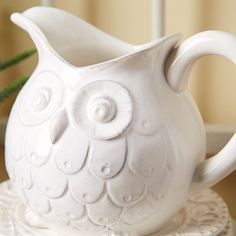Wise Owl Pitcher