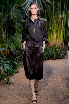 3 Looks: my #PFW picks from #Hermès. Designer Christophe Lemaire turned to the jungle and French artist Henri Rousseau for the Spring collection of luxe looks.