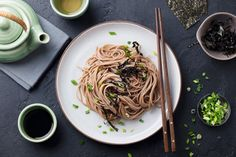 A bowl of hot soba noodles is a traditional evening New Year's Eve dish in Japan. Here's our version of this warming, simple and nutritious dish. Asian Noodles, Soba Noodles, Beef And Noodles, Korean Sweet Potato Noodles, Buckwheat Noodles, Asian Recipes, Ethnic Recipes, Course Meal, Japanese Food