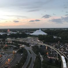 #tbt to a few weeks ago on the top of the Contemporary hotel in #disneyworld a picture perfect night with the best of friends. #bloggerlife #disney #spacemountain #magickingdom #contemporary #nofilter #conference #disneygram #disneylove #disneylover #disneyphoto #disneyfan #disneylife #disneyparks #disneyresort #disneymagic #disneyaddict #sunset #sunsets #bloggers #bloggers #cookwith5kids