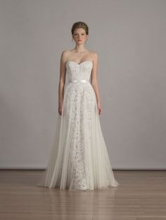Liancarlo gives us a perfect a-line, sweetheart neckline gown.