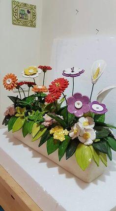 Most up-to-date Free Slab Pottery flower Popular Lavoro per laBCC Sculptures Céramiques, Sculpture Clay, Clay Flowers, Ceramic Flowers, Slab Pottery, Ceramic Pottery, Ceramic Painting, Ceramic Art, Keramik Design