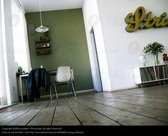 「door apart room retro」の画像検索結果