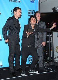 Is it just me or does Billie-Joe look like he is challenging someone to a fight? xD xD