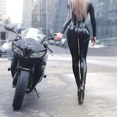 HD wallpaper Cooper Copii: Motorcycle and Girls Dirt Bike Girl, Motorbike Girl, Motorcycle Bike, Moto Bike, Motorcycle Couple, Lady Biker, Biker Girl, Motard Sexy, Mode Latex