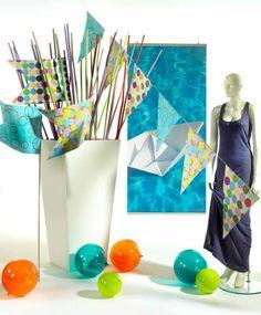 Esplosione di colori per la festa: bandierine, sfere, girelle multicolor (Party color)