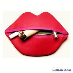 Os acessórios divertidos devem fazer parte do nosso dia a dia! Nada como personalizar seu look e sua vida com acessórios fun e garantir um toque todo único! #CerejaRosa #Dica