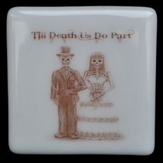 Fused Glass Coaster - Dia De Muertos 01 – Day Of The Dead – £7 each or £24 for a set of 4. Original drawings by Jiewsurreal (stock photos). All coasters measure approximately 10 x 10cm, with clear rubber bumpers on the base to keep them in place and protect your furniture. www.glassbygenea.co.uk #glassbygenea #fusedglass