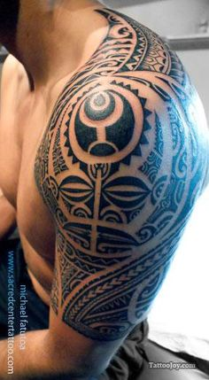 Native Polynesian Tattoo I'd like to meet this man and tell him how beautiful his tattoo and his body is