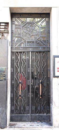 https://flic.kr/p/9F8P25 | Wrought Iron Door, Casablanca