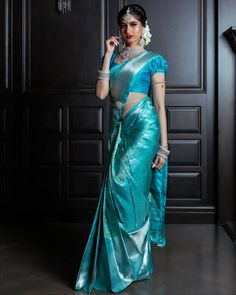 70 Trendy south indian bridal saree blue You can find different rumors about the history of the wedding dress; Bridal Sarees South Indian, South Indian Wedding Saree, Wedding Silk Saree, Indian Silk Sarees, Indian Beauty Saree, Saree Blouse Neck Designs, Saree Blouse Patterns, Blouse Designs, Blue Silk Saree