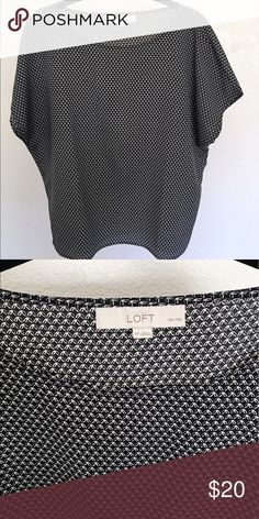 The Loft Short Sleeve Printed Blouse The Loft blouse, black and white print. Size is petite medium. Looks great belted or tucked into a pant or skirt! Lightly worn, in great condition. LOFT Tops Blouses
