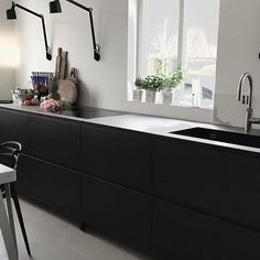 Come and play with #tintabykvik 2.0. Kvik Keukens Amsterdam Westpoort. Danish Design. #kvik #kvikamsterdam #kvikkitchen #danish #nordic #proud #new #kitchen #vipp #functionals #quooker #novyone