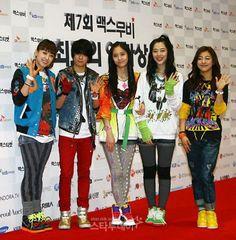 Amber Liu, Victoria Song, Krystal Jung, Luna & Sulli - f(x)