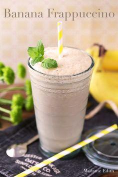 bananowe frappuccino Frappuccino, Hot Chocolate, Smoothies, Pudding, Coffee, Tableware, Drinks, Smoothie, Kaffee