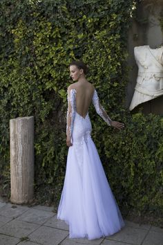 We can't take our eyes off this backless dress by #nurithen