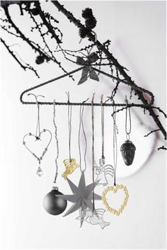#christmas is coming, nice styled images from Rosendahl from there karen blixen serie. #Retouch by #creamwork  #christmas #nordic #moden #ideas #decorations #photography #gold #silver