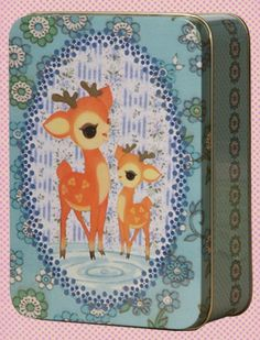 www.froydind.be with a nostalgic touch designed in Belgium: lovely images on tin boxes, buttons, & stationary, familywear for happy people 100% organic