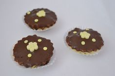 orechové košíky Muffin, Breakfast, Food, Morning Coffee, Muffins, Meal, Essen, Hoods, Cupcakes