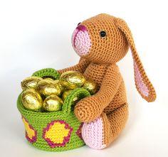 Dit haasje past heel graag op je chocolade-eitjes.