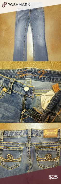"Seven jeans A great pair of seven women's jeans with an inseam of 32"". These have a factory distress to them. No holes or stains. There is very little wear at pant leg. Seven7 Jeans Boot Cut"