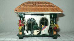 BALCON Dollhouse Furniture, Home Furniture, Wall Key Holder, Ecuador, Costa Rica, Houses, Bird, American, Outdoor Decor