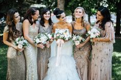 We're in sparkly heaven: http://www.stylemepretty.com/2015/07/24/vintage-glam-minnesota-outdoor-wedding/ | Photography: Geneoh - http://geneoh.com/