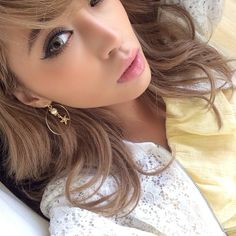 minemura yui Shibuya Style, Pearl Earrings, Hoop Earrings, Japanese Models, Gyaru, Yui, Girl Fashion, Beauty, Instagram